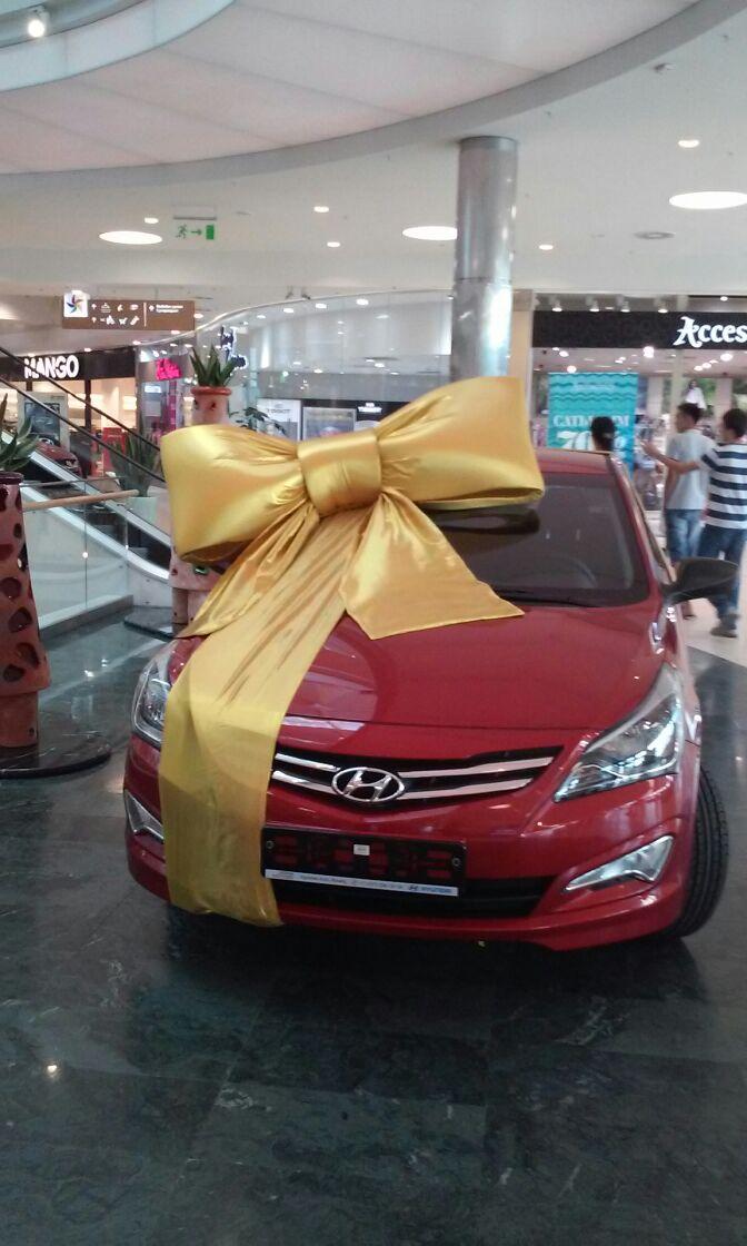 Как оформить автомобиль на подарок